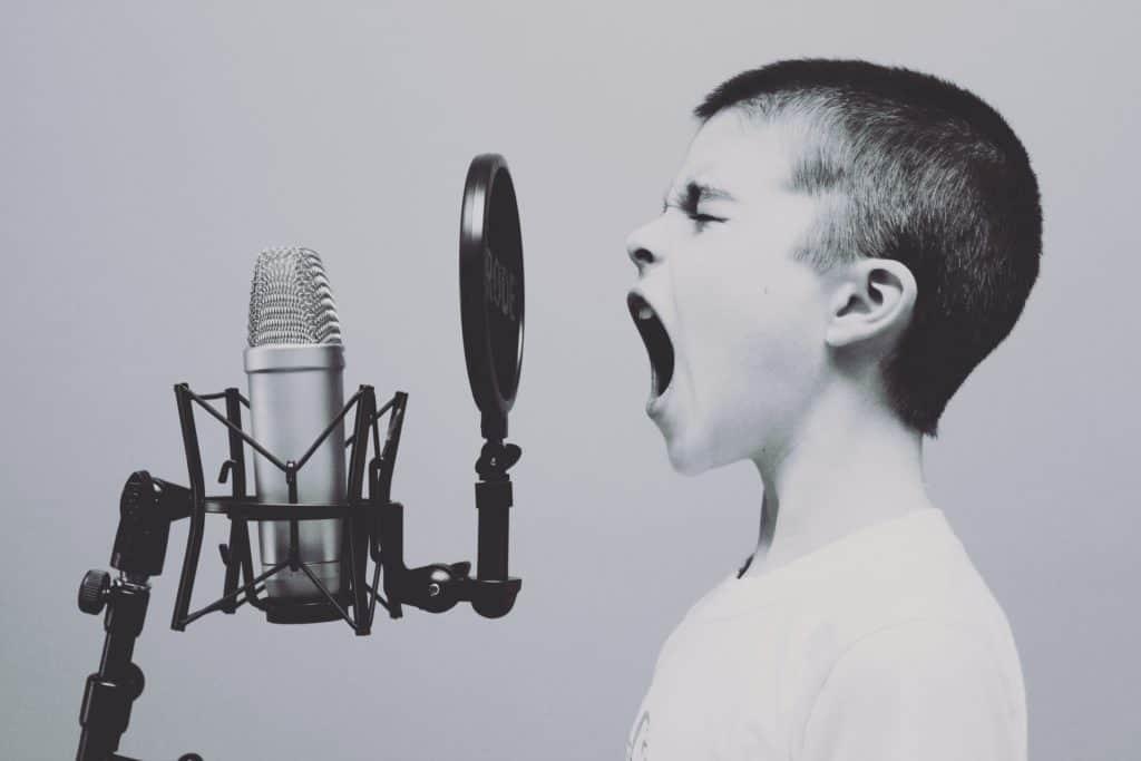 7 steps to start a podcast
