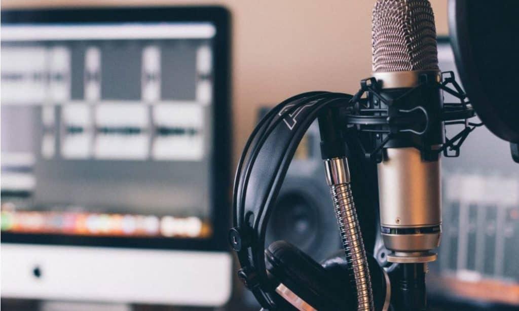 podcast hosting equipment